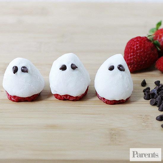 strawberry yogurt ghosts